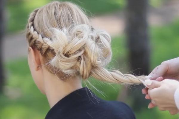 お呼ばれ 髪型 アップスタイル